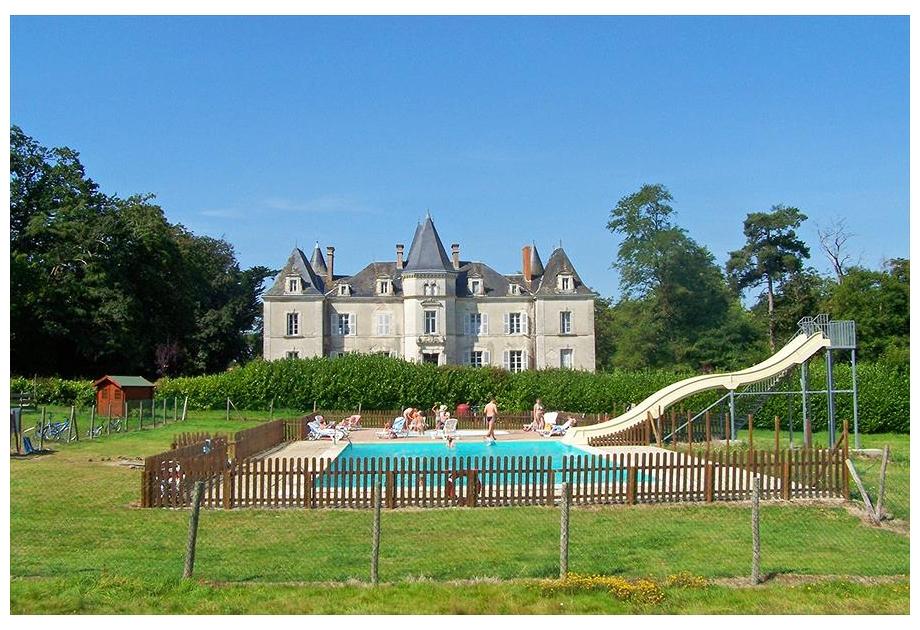 Campsite Yelloh! Village Chateau La Foret, Saint-Julien-des-Landes,Loire,France