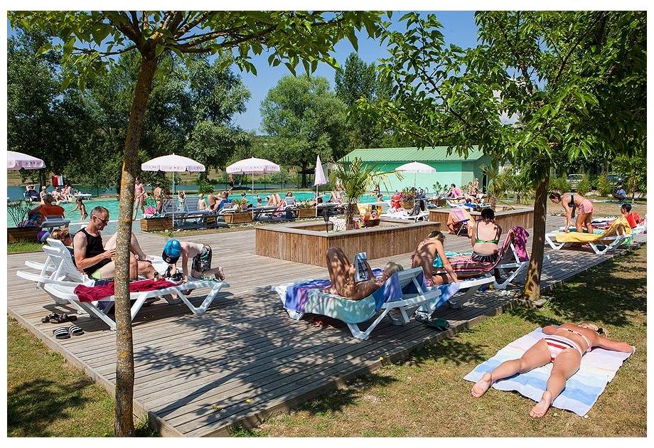 Campsite-Les-3-Lacs-du-Soleil